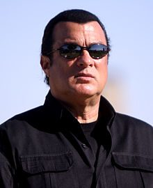 220px-Steven_Seagal_by_Gage_Skidmore