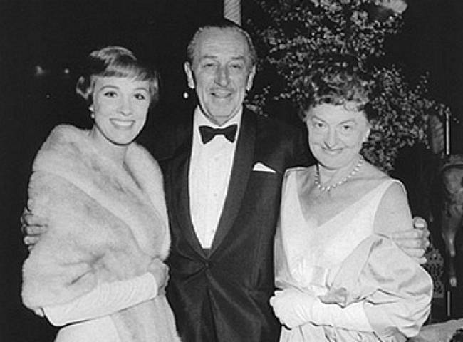 Julie Andrews, Walt Disney, and P.L. Travers at the 1964 'Mary Poppins' premiere.