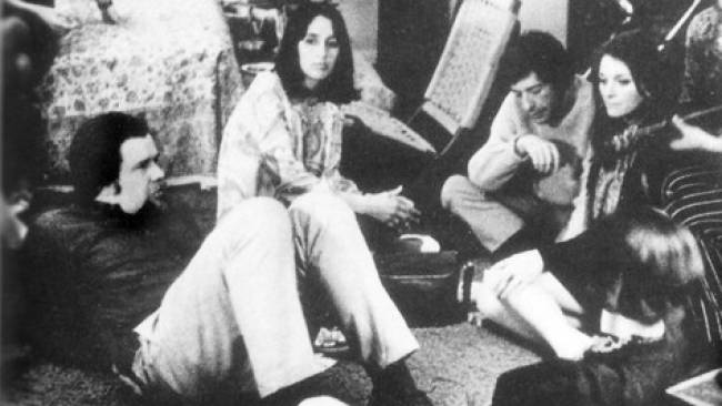 1960's photo of Joan Baez with Dave Van Ronk