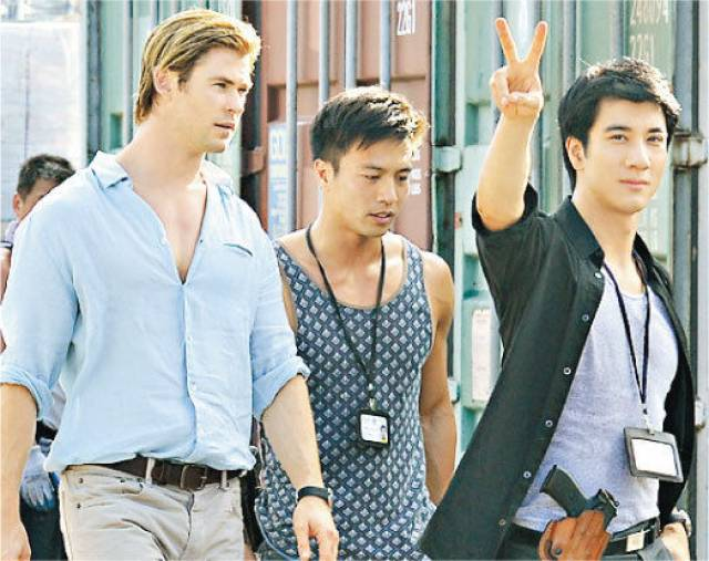 Chris Hemsworth and Leehom Wang on the set of Michael Mann's new cyberthriller