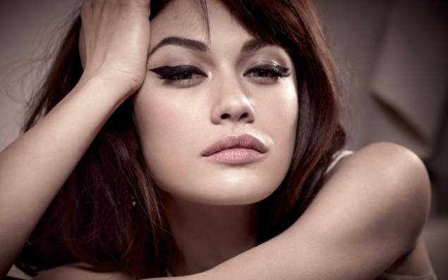 Olga Kurylenko will star with Russell Crowe in 'The Water Diviner'