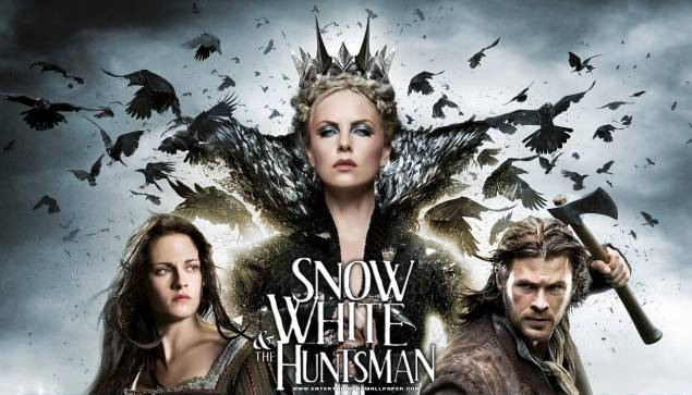Kristen Stewart, Charlize Theron and Chris Hemsworth in 'Snow White and the Huntsman'