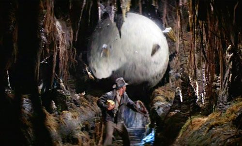 raiders-of-the-lost-ark-indiana-jones-giant-rolling-boulder