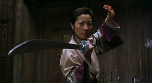 Michelle-Yeoh-crouching-tiger-hidden-dragon-2