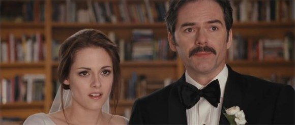 Kristen Stewart & Billy Burke in 'Twilight: Breaking Dawn Part I'