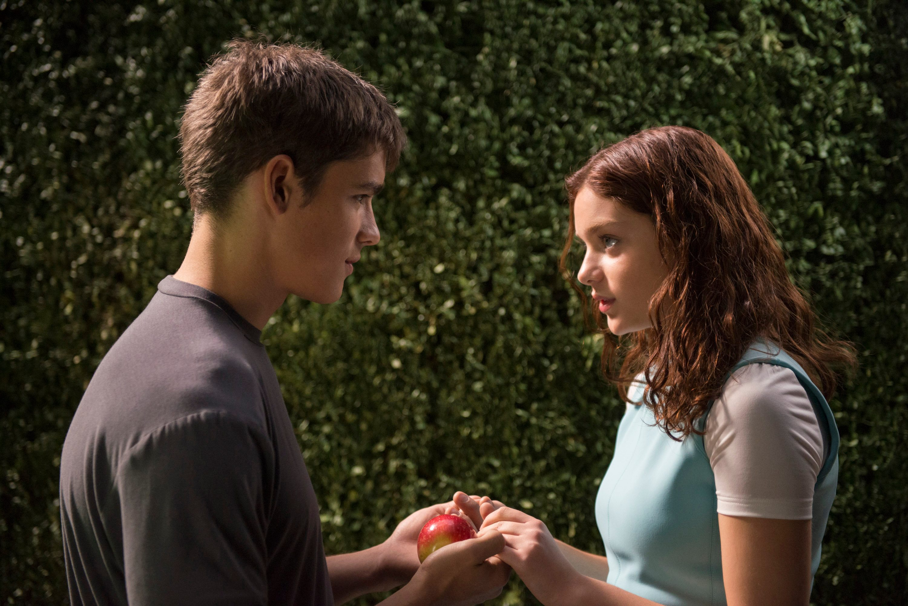 Movie Review The Giver Mxdwn Movies