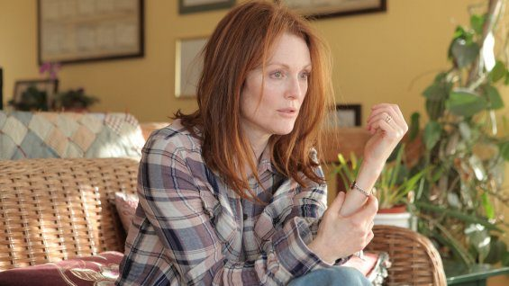 Julianne Moore to Headline 'El Canto'