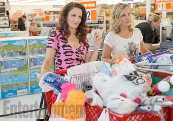 sisters-firstlook-fey-poehler-store-full