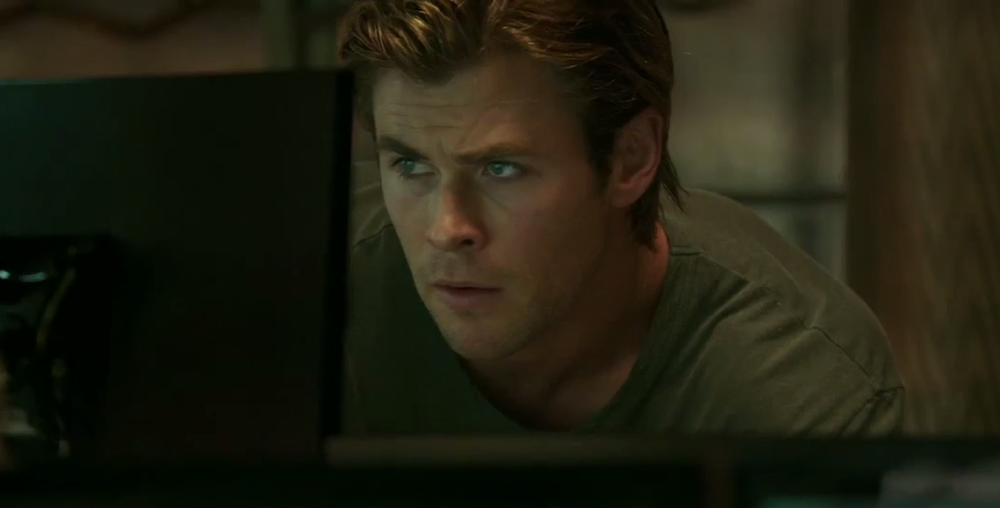 Jeff Bridges, Chris Hemsworth in Talks For A 'Bad Time' Film