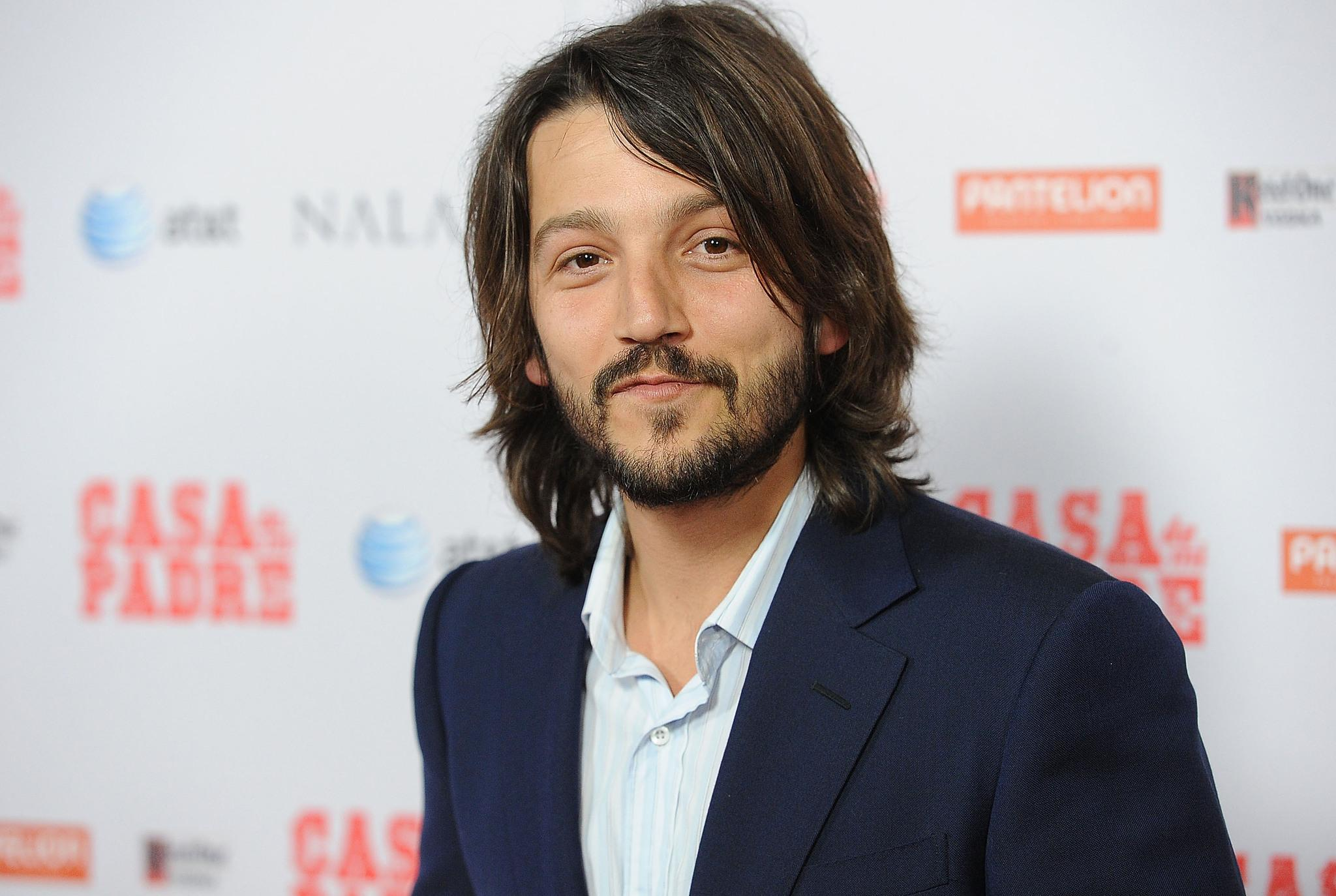 Acquisition of Wander Darkly by Lionsgate Brings Sienna Miller and Diego Luna Home This Fall