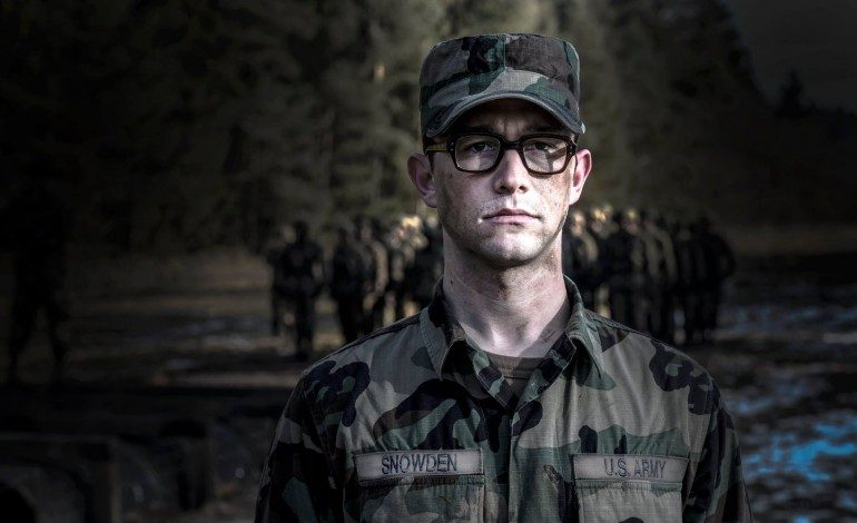 'Snowden' Teaser Surfaces
