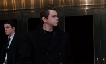 Robert Pattinson Profiles Dane DeHaan as James Dean in 'Life' Trailer