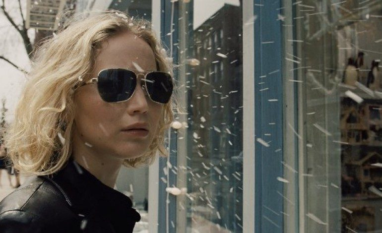 Check Out Jennifer Lawrence in the New Trailer for 'Joy'