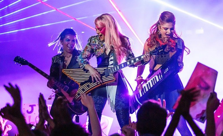 Movie Review – 'Jem and the Holograms'