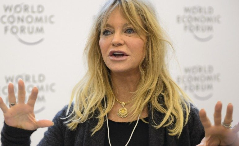 Goldie Hawn in Talks to Return to the Screen…Playing Amy Schumer's Mother