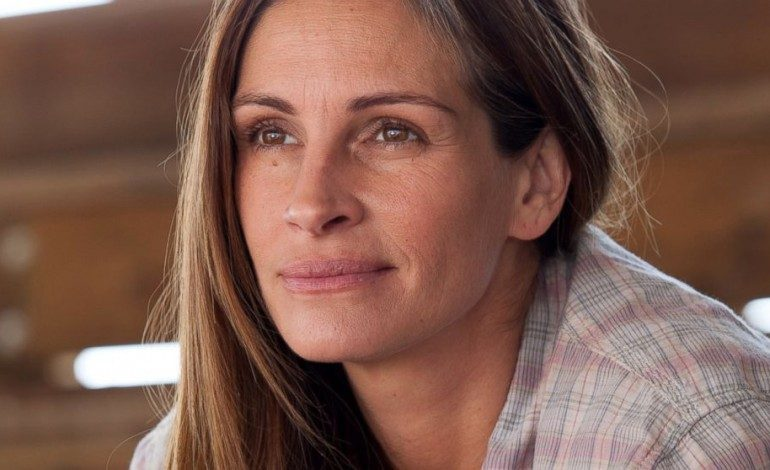 Julia Roberts Set to Star and Produce 'Fool Me Once'