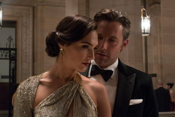 batman-vs-superman-ben-affleck-gal-gadot-600x400