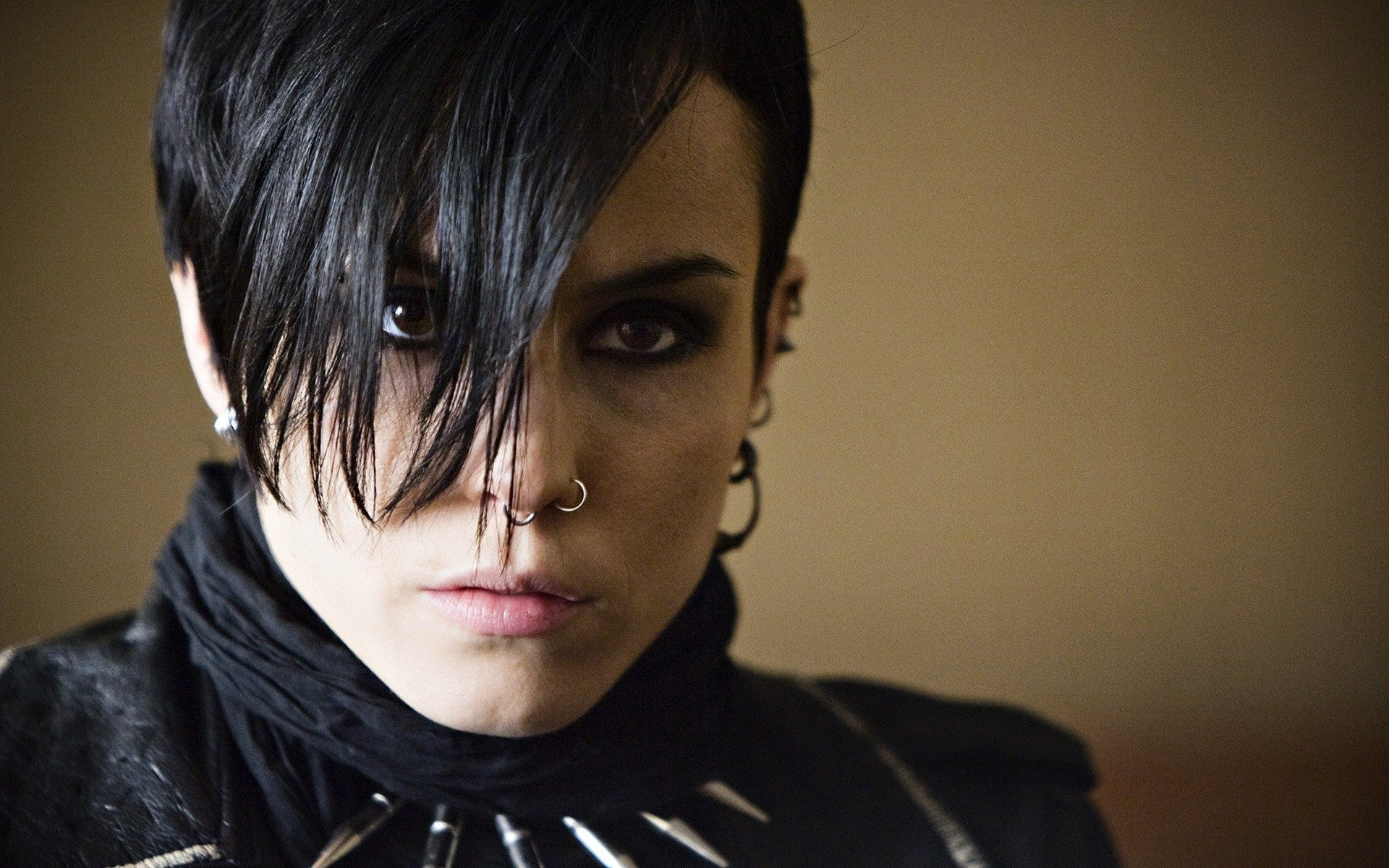 A Look Into Lisbeth Salander And The Girl With The Dragon Tattoo