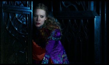 Movie Review – 'Alice Through the Looking Glass'