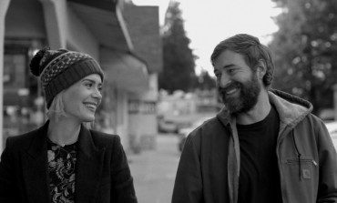 'Blue Jay' Trailer - Sarah Paulson and Mark Duplass Rekindle a High School Romance