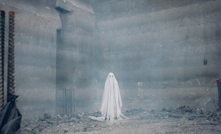 Check Out the Haunting First Trailer for 'A Ghost Story' Starring Casey Affleck and Rooney Mara
