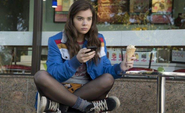 Hailee Steinfeld May Lead 'Transformers' Spin-Off 'Bumblebee'