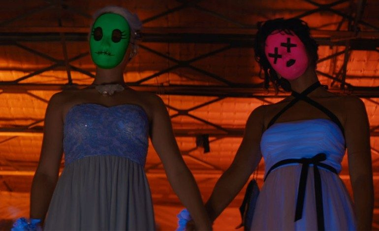 Movie Review — 'Tragedy Girls'