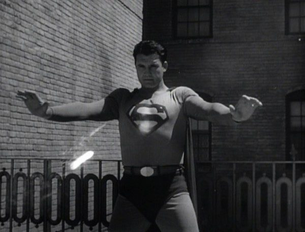 superman-and-the-mole-men-1951-still-george-reeves