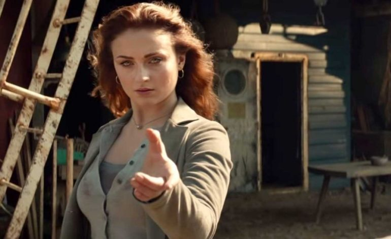 Sophie Turner's Jean Grey Wreaks Havoc in First 'Dark Phoenix' Trailer