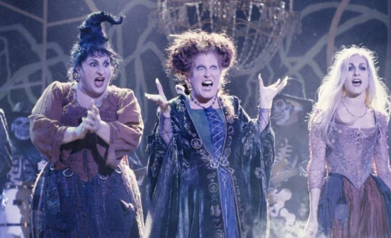 "Bette Midler, Sarah Jessica Parker, and Kathy Najimy In Talks To Return To ""Hocus Pocus 2"""