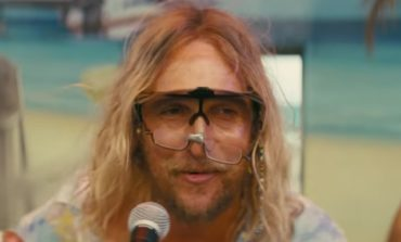 Red Band Trailer For 'The Beach Bum' is Newly Available