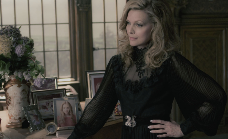 Michelle Pfeiffer, Annette Bening To Star in 'Turn of Mind'
