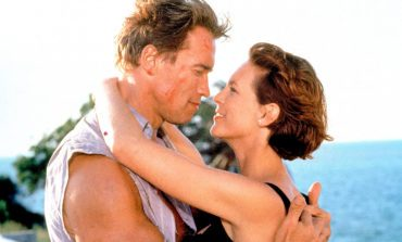 """I Married Rambo!"" Looking Back at 'True Lies' 25 Years Later!"