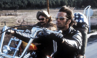 Actor Peter Fonda Dies at Age 79