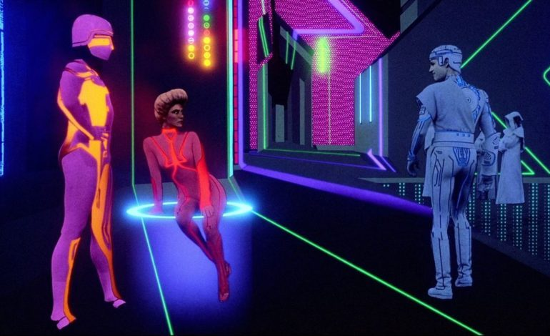 'Tron' and 'Blade Runner' Concept Artist Syd Mead Dies at Age 86