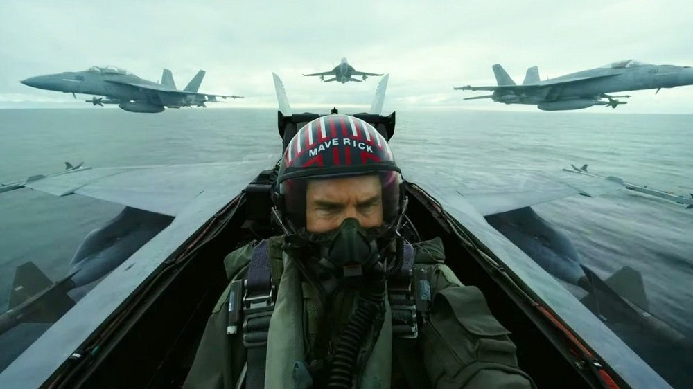 'Top Gun: Maverick' Will Fly into Theaters By Christmas