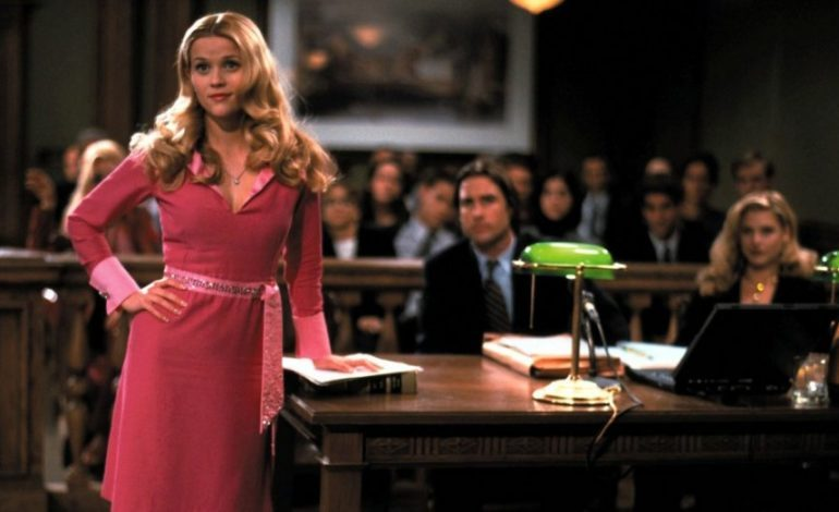Mindy Kaling and Dan Goor to Write 'Legally Blonde 3'