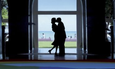 Classic Movie Review: Punch Drunk Love (2002)