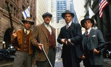 Classic Movie Review: 'The Untouchables' (1987)