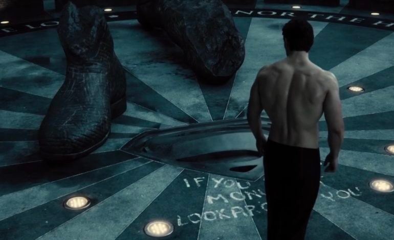 Zack Snyder Drops Small Teaser for Snyder Cut Ahead of FANDOME