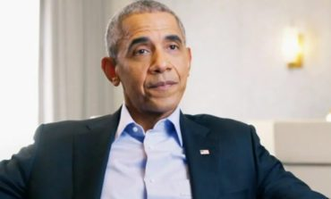 """Barack Obama Gives Drake """"Stamp of Approval"""" to Play Him in Biopic"""