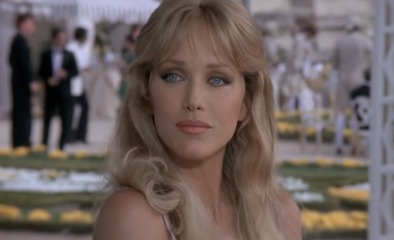 Tanya Roberts, Bond and 'That 70's Show' Alum Dies at 65