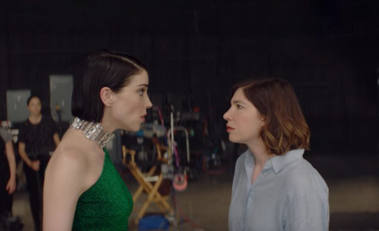 St. Vincent and Carrie Brownstein's Metafictional Film 'The Nowhere Inn' Releases New Trailer